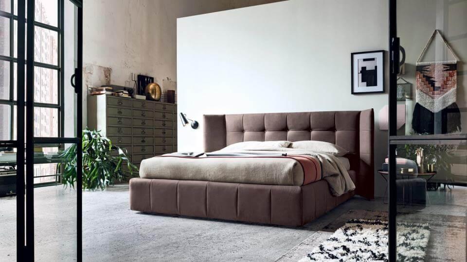Кровать Felis Foster в мягкой обивке из ткани с коробом для хранения вещей итальянская мебель в Одессе