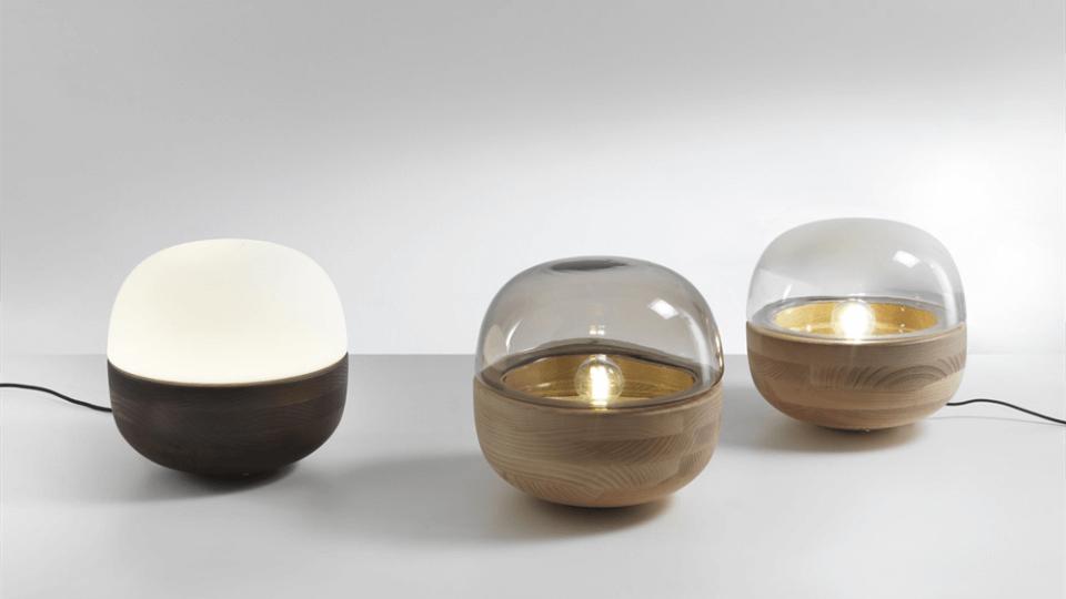 Лампа настольная Porada Bolla с цоколем из массива ясеня итальянская мебель в Одессе