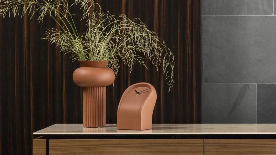 Часы Calligaris Osvaldo керамические с черными металлическими стрелками, разные цветовые решения итальянская мебель в Одессе
