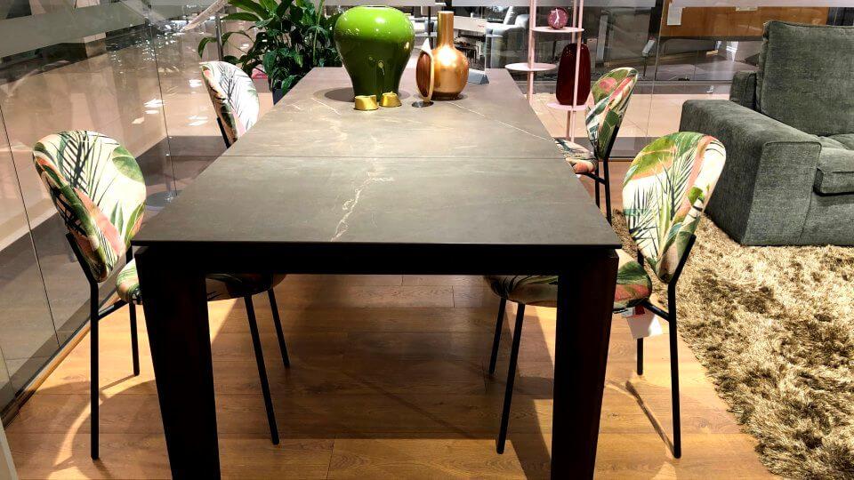 Новинка! В наличии стол обеденный Calligaris Alpha прямоугольный с керамической столешницей (цвет- Bronze), на деревянных ножках (цвет- Smoke), размер: 160 (220) х 90 х 75 итальянская мебель в Одессе