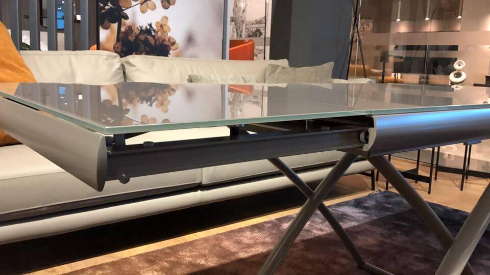 Новинка! В наличии стол трансформер Dakota от итальянской фабрикиCalligaris, топ в цвете (Frosted Taupe), ноги в цвете (Matt Taupe). Габариты: 106 (186,5) х 71.5 х 75 (35) (66) итальянская мебель в Одессе