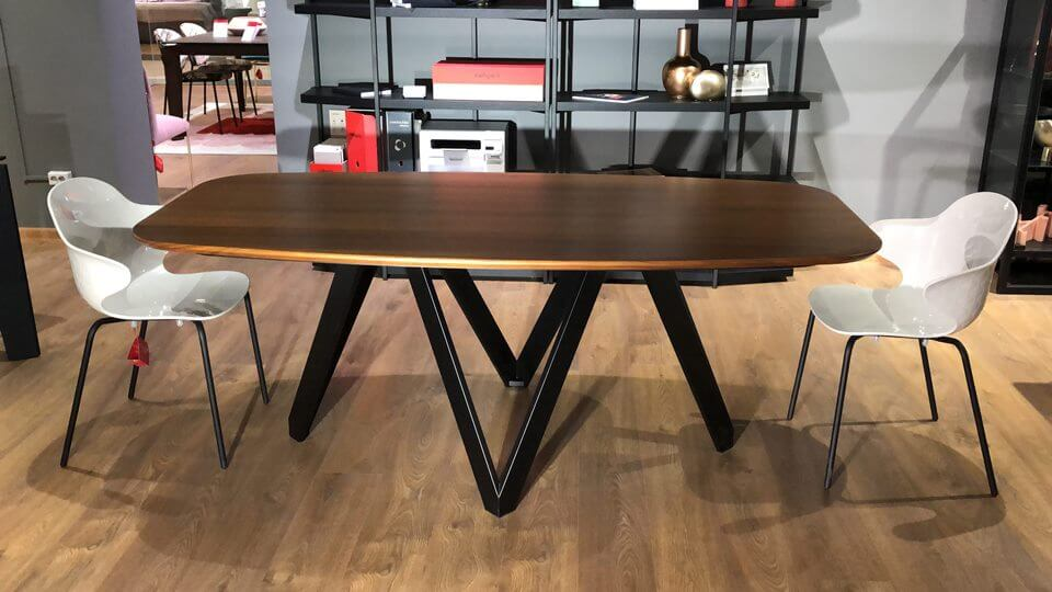 Новинка! В наличии стол Cartesio от итальянской фабрики Calligaris. Габариты: 200 х 100 х 75.5 итальянская мебель в Одессе