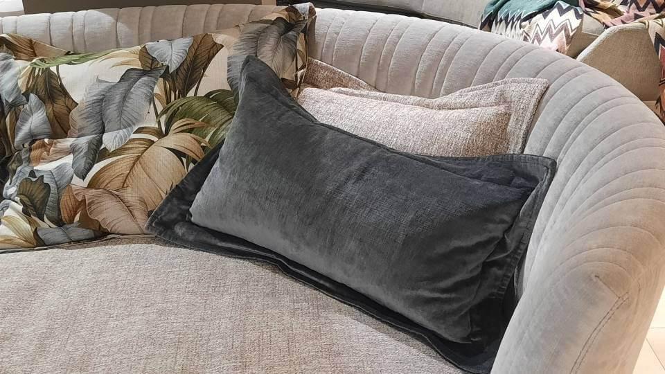 Дизайнерский диван — остров Shellon от итальянской фабрики Desiree в обивке из ткани/кожи итальянская мебель в Одессе