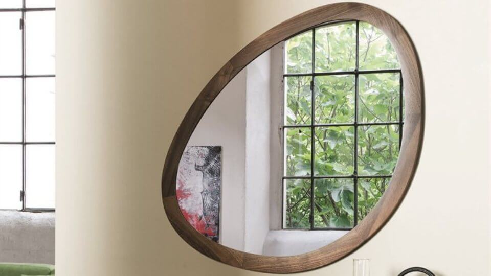 Зеркало в раме из массива ореха итальянская мебель в Одессе