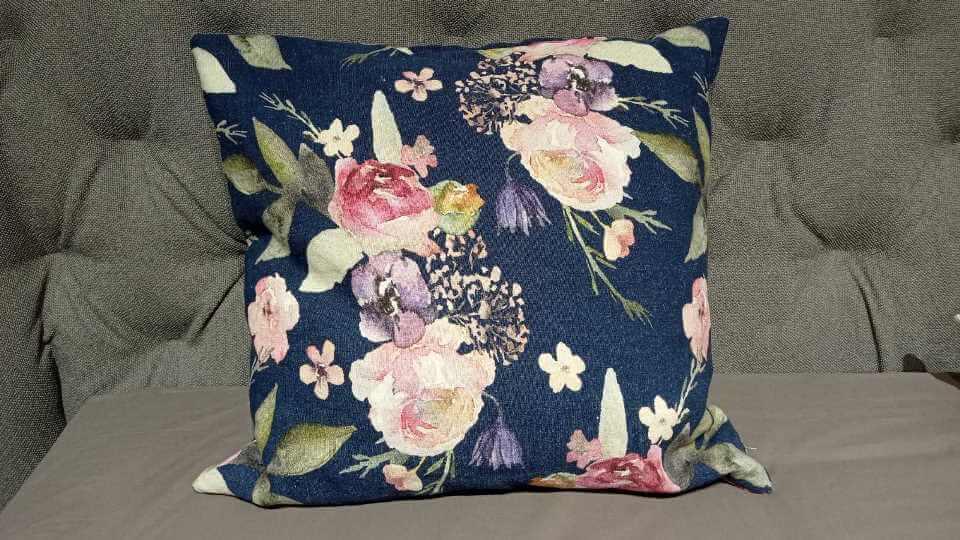 Декоративные подушки от итальянской фабрики Calligaris со съемными наволочками итальянская мебель в Одессе