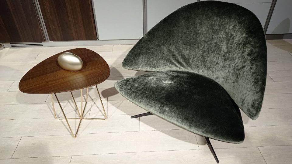 Стол журнальный Dabliu от итальянской фабрики Desiree с шпонированной столешницей каплевидной формы на металлических ногах. Габариты: ш 59 см * г 55 см * в 44 см итальянская мебель в Одессе
