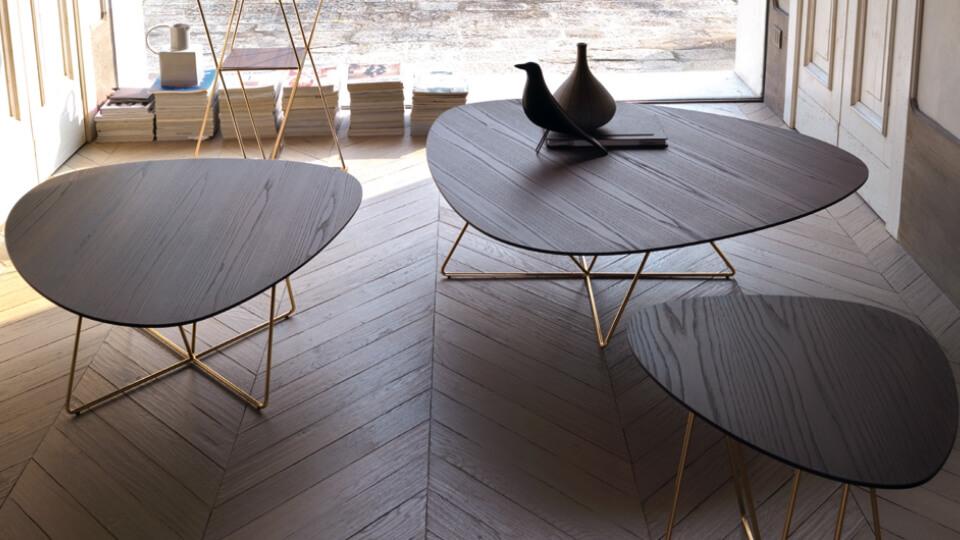Стол журнальный Dabliu от итальянской фабрики Desiree с шпонированной столешницей итальянская мебель в Одессе