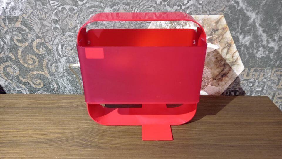 Лампа настольная URSA от итальянской фабрики Calligaris с металлическим корпусом красного цвета. Габариты: ш 30 см х г 20 см х в 30 см. итальянская мебель в Одессе