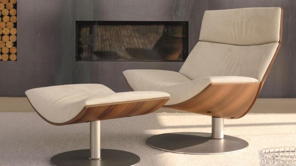 Лаунж кресло Kara поворотное с пуфом под ноги от итальянской фабрики Desiree итальянская мебель в Одессе