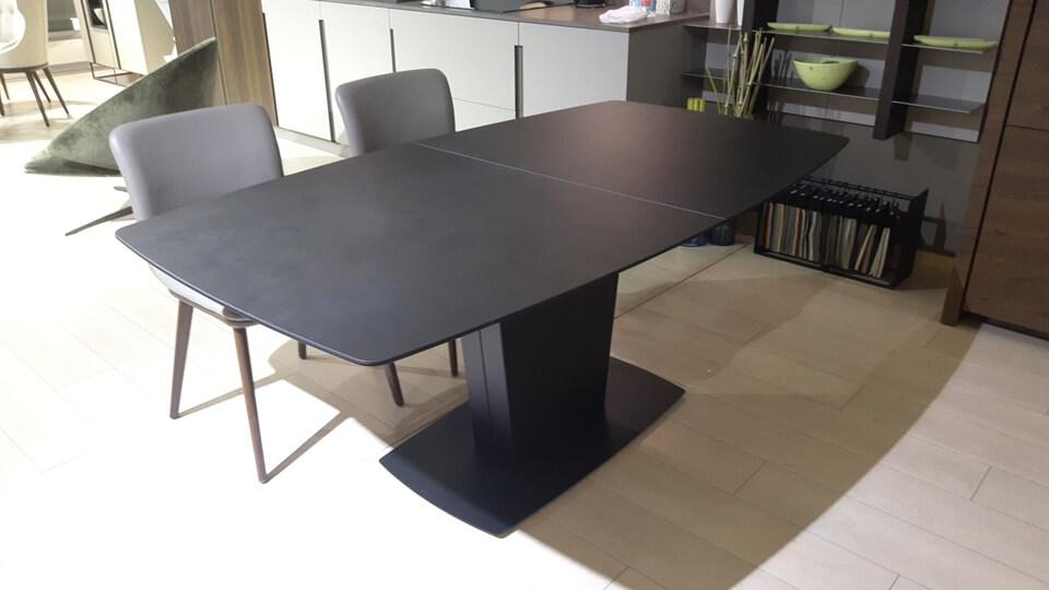 Стол обеденный Athos от итальянской фабрики Connubia c раскладкой итальянская мебель в Одессе