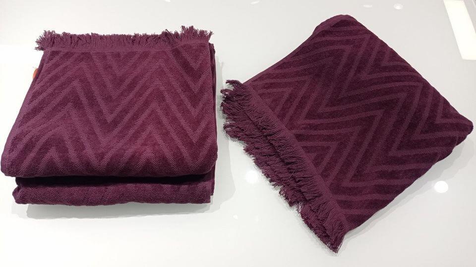 Полотенце пляжное Nat от итальянской фабрики Missoni Home из 100% хлопка. В наличии представлено в двух размерах и цветах. Размер: ш 90 см x д 150 см; ш 60 см х д 110 см итальянская мебель в Одессе