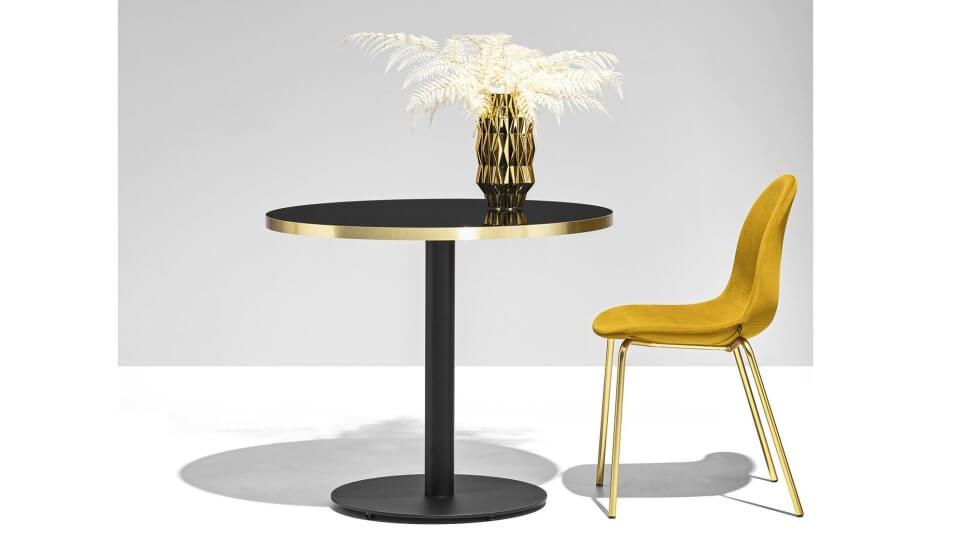 Стол Cocktail идеально подходит для использования на открытом воздухе и в лаунж-зонах итальянская мебель в Одессе